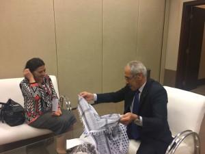 Em nome do PCdoB, Socorro Gomes faz uma reunião bilateral com o representante do Movimento de Libertação Nacional da Palestina - Fatah - Yman Adel Odeh